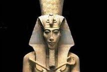 AKHENATEN, the heretic king of ancient Egypt / Akhenaten, heretic king of ancient Egypt