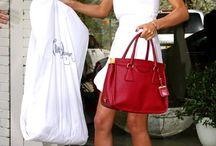 i like her style......