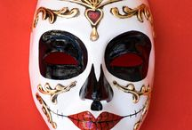Skull , Doctor of the plague Day of Dead Mask in Venezia / Skull , Doctor of the plague , Dia de los Muertos