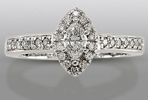 Engagement Rings / by Anna Kelsoe