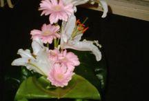Boeketten en Bloemstukjes / bloemstukken  en Boeketten