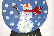 Snowman Christmas Crafts For Kids / Do you wanna build a snowman? Well, you surely can build one with some creative ideas! Check out some brilliant snowman Christmas crafts for kids!