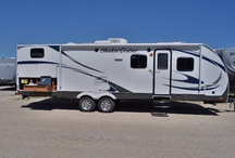 Travel Trailers / Dreaming about your next adventure? Now you can make your dreams a reality with our discount brand-name travel trailers! Gillette's Interstate RV top-quality brands like Coachmen Catalina: Jayco Eagle: Jayco Jay Feather & Jay Flight; Heartland Sundance; Shadow Cruiser, View Finder and more. Put Gillette's expertise to work for you; we know travel trailers and we know how to help you save. Call 517-339-8271 or 800-949-8271 to get an immediate wholesale quote