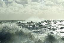 Mari in tempesta