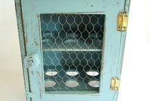 tojás szekrény