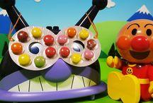 アンパンマン アニメ❤おもちゃ バイキン城にまさかのメガネ!Anpanman toys