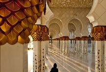 Sheikh Zayed Grand Mosque, Abu Dhabi. / Sheikh Zayed Grand Mosque, Abu Dhabi.  -----------------------------------------------------------------------------  SULEMAN.RECORD.ARTGALLERY: https://www.facebook.com/media/set/?set=a.400278900182135.1073741935.286950091515017&type=3  Technology Integration In Education: