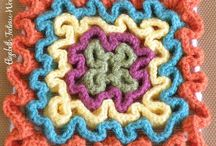 Interesting Stitches / Interesting stitches to use in knitting, crocheting and looming crafts