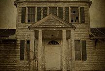 Hountedhouses