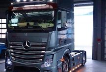Trucks MERCEDES BENZ