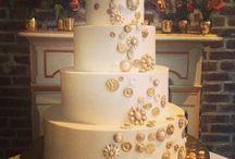 Gold Cakes / Gold Wedding Cakes