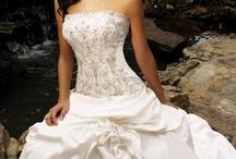 Wedding Ideas / by Alysha Hines