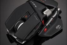 Sprzęt dla gracza / Tutaj prezentowane są różne akcesoria i sprzęty dla graczy. Znajdź swój ulubiony