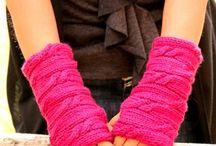 loom knitting / by Eileen Pisani