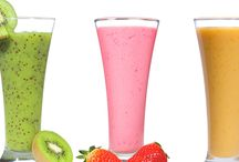 Smoothies/Drinks / by Courtney Hellinga