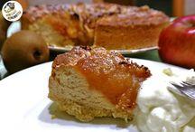 Różana gruszka w karmelizowanych jabłkach