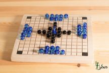 Hnefatafl tablut replica / Handmade replicas of archeological fidings of ancient viking board game.