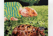 Patricia Sánchez / Guadalajara, Jalisco. 1978  Artista visual, con especialidad en gráfica y pintura, licienciada en ciencias de la comunicación en el ITESM y técnica en diseño gráfico por la UNIVA. Se ha formado en las artes con los maestros Enrique Monraz Ponce, Gabriel Mariscal, Alejandro Camacho y Carmen Bordes.  Cuenta con varias expsiciones individuales y colectivas, premios y proyectos independientes, además de su participación en el area editorial ilustrando libros infantiles y juveniles.