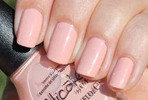 Pretty Nails / by Kim Kardashian