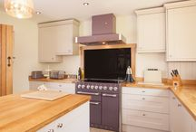 Elephant's Breath Kitchen Case Study / A kitchen featuring components from Solid Wood Kitchen Cabinets is typically elegant, modern and has a high-quality finish. This particular kitchen features Farrow & Ball's Elephant's Breath as the primary colour, alongside full stave Prime Oak worktops.