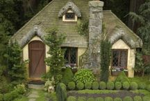 Gardener's Cottages to Die for / by Mollie Bryan