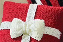 christmas crocheted ΧΡΙΣΤΟΥΓΕΝΝΑ+ ΒΕΛΟΝΑΚΙ
