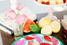Your Guide to Summer Entertaining / Draper James friend Molly My to give us the inside scoop on what it takes to host a magical and memorable picnic, luncheon, or get-together. : @shannanleighphotography