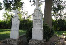 SÍRHELY, SÍREMLÉK / Sírhelyek, síremlékek