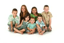 Family Photo Ideas / At Funki Fotos we have watched our families grow and grow and grow .......... we obviously maintain good relationships with our clients as they keep coming back and we are always happy to see them and meet their new additions, from new babies to elderly grandparents visiting from afar.