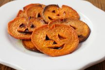 HOLIDAYS / Halloween / Lots of Halloween ideas! Costumes, decorations and recipes