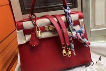 Bella Vita Moda online fashion boutique / Discount luxury goods at http://www.bellavitamoda.com