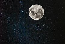 la lune, étoiles + the night sky || gravity's holding me back / Moons