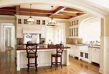 Kitchen cabinets/floor