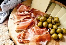 Tapas / Delightful morsels of Spanish inspired goodness... / by Sassaby Parties