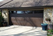 Gallery Garage Doors / Love the look of wood but not the upkeep? Ultra-Grain is a durable, low-maintenance paint finish that simulates the look of a stained wood finish on a steel garage door surface. Available exclusively on Clopay garage doors.
