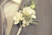 Flowers ~ Boutonnières & Corsages / Mini pieces of flower art  / by Angelique
