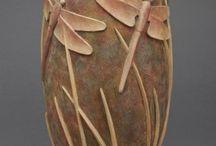 Sculptură în lemn. / O revoluție în lemn.