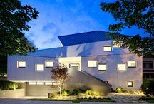 Maisons Contemporaines Modernes / Découvrez des inspirations et de nombreuses photos de maisons contemporaines modernes créées par les plus grands architectes.