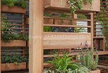 zahrada -květníky