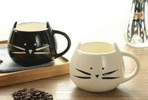 Café e canecas