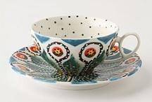 TEA POTS AND TEA CUPS // home