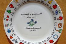 Ballagási ajándék ötlet / A megrendelő leírása alapján kézzel festett, kemencében kiégetett hő- és kopásálló tányérok örök emlékül. #ballagás #ballagási ajándék #ballagási ajándék ötlet #ovis ballagás #ovi #suli