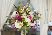 Tall Floral Arrangements / by Sara Vega