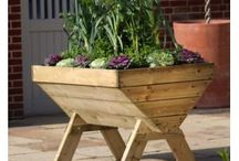 Garden Planters / Garden planters and containers  perfect for growing your own vegetables, salads and herbs even if space is at a premium. You can now create your own organic vegetable garden on the patio or even a balcony
