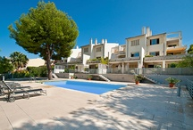 Neighbourhood Guide - Génova, Palma region, Mallorca, Spain / If you are looking for the lovely Spanish countryside feel, but at the same time having first-class property and being close to the vibrant city life of Palma, Génova is the perfect choice.