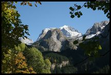 Pralognan la Vanoise l'été / Camp de base du massif de la Vanoise, Pralognan vous accueille dans un environnement totalement préservé. 250km de sentiers balisés, un village avec beaucoup de charme et une multitude d'activités