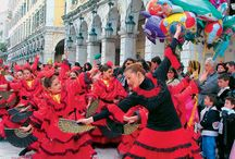 Seasonal customs in Greece / Greece is a country of rich history and tradition. There are  lots of customs for every season and every celebration, many of which would be great to experience yourself!