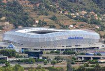 PAVILLON Sport & Loisir / Côté Sport : Spécialiste des services pour les établissements de sport avec gestion de salon VIP, le Groupe Pavillon est également le partenaire privilégié des grands événements sur les sites tels que le stade de l'Allianz Riviera à Nice pour assurer la restauration de l'équipe de l'OGC Nice , l'Hippodrome de Cagnes sur Mer ou encore le stade Vélodrome pour assurer la restauration des matchs de l'Olympique de Marseille. http://www.groupepavillon.fr/pavillon-sport-loisir/