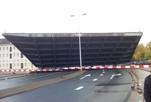 Bridges of Amsterdam / Open or closed?