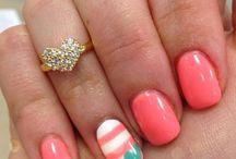 nails / by Alicia Nash